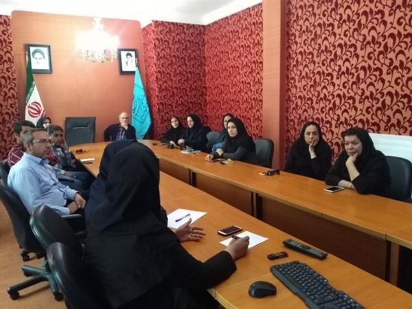 برگزاری دوره آموزشی آشنایی با عوامل بیولوژیک آسیب رسان به بناهای تاریخی در کاخ گلستان